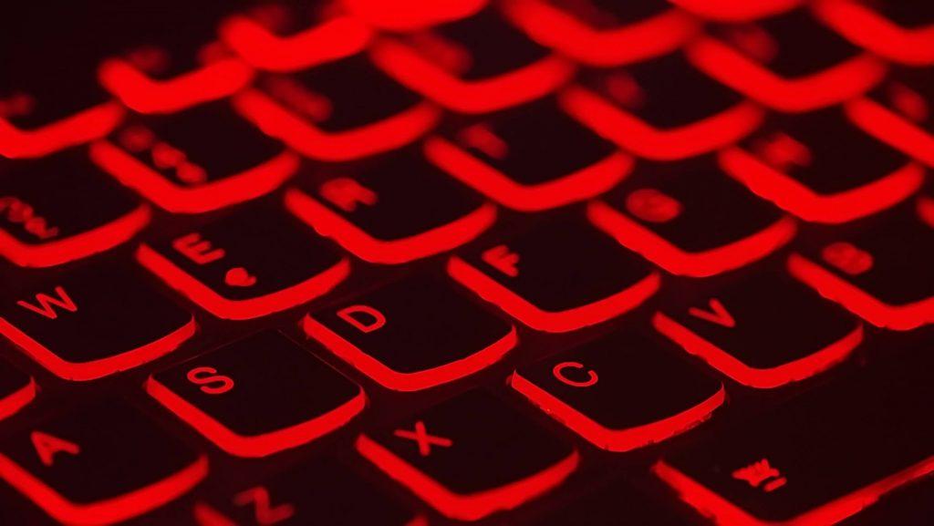 teclado rojo